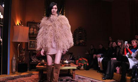 H&M hits Paris Fashion Week