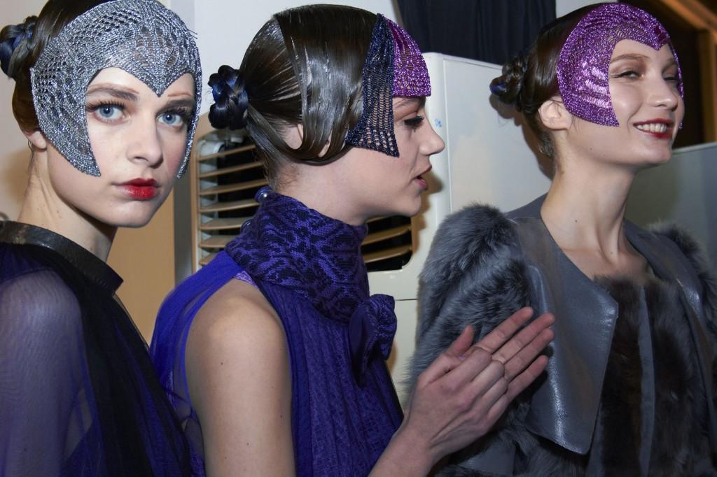 Mesmerizing Photos From Backstage at London Fashion Week