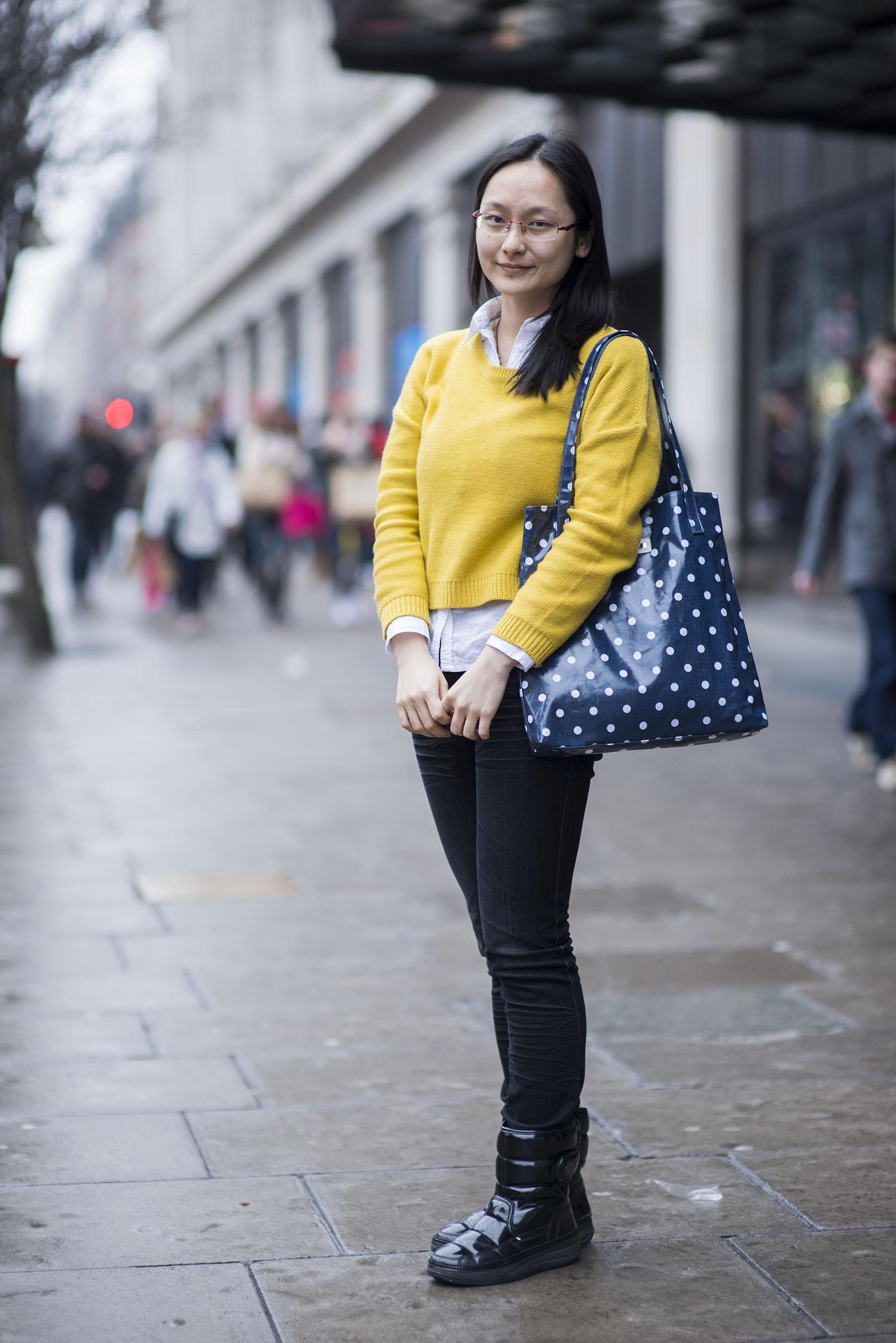 H M London Fashion Shop