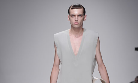 LONDON COLLECTIONS: MEN SS14 | Kay Kwok