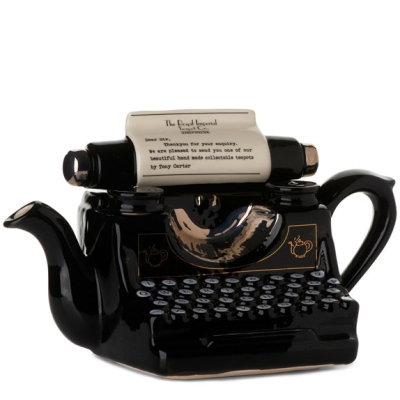 Carters_typewriter-teapot1