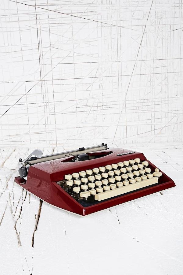 VintageAdlerTippaTypewriter
