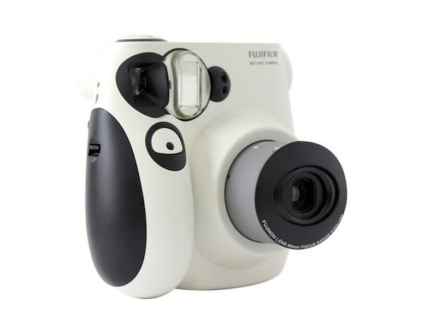 fujifilm-instax-mini-7s-panda-1