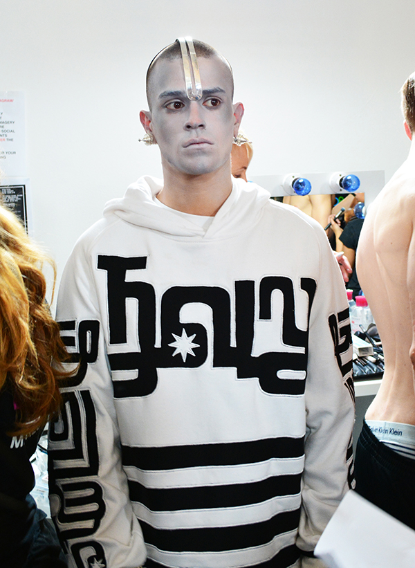 KTZ BACKSTAGE BY PAN CARLISLE08012014 (24)