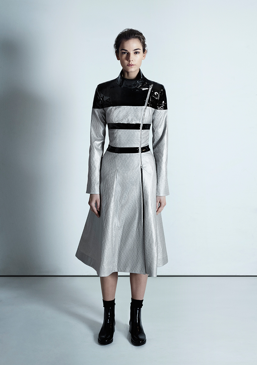 16 Alma coat Silver Jacquard
