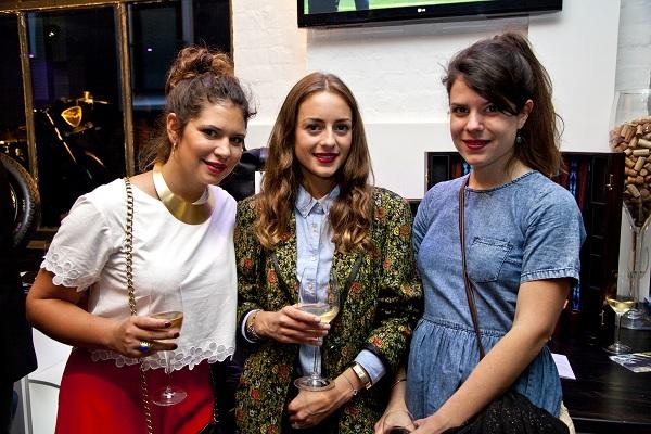 Yasmine Nick, Victoria Cassagnaud, Coralie de Robert