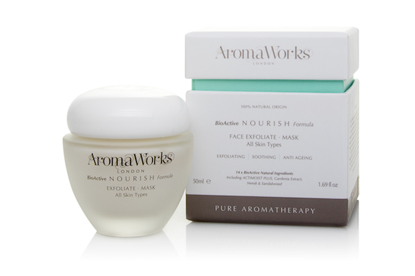 AromaWorks Nourish Face Exfoliate Mask (with packaging)-2