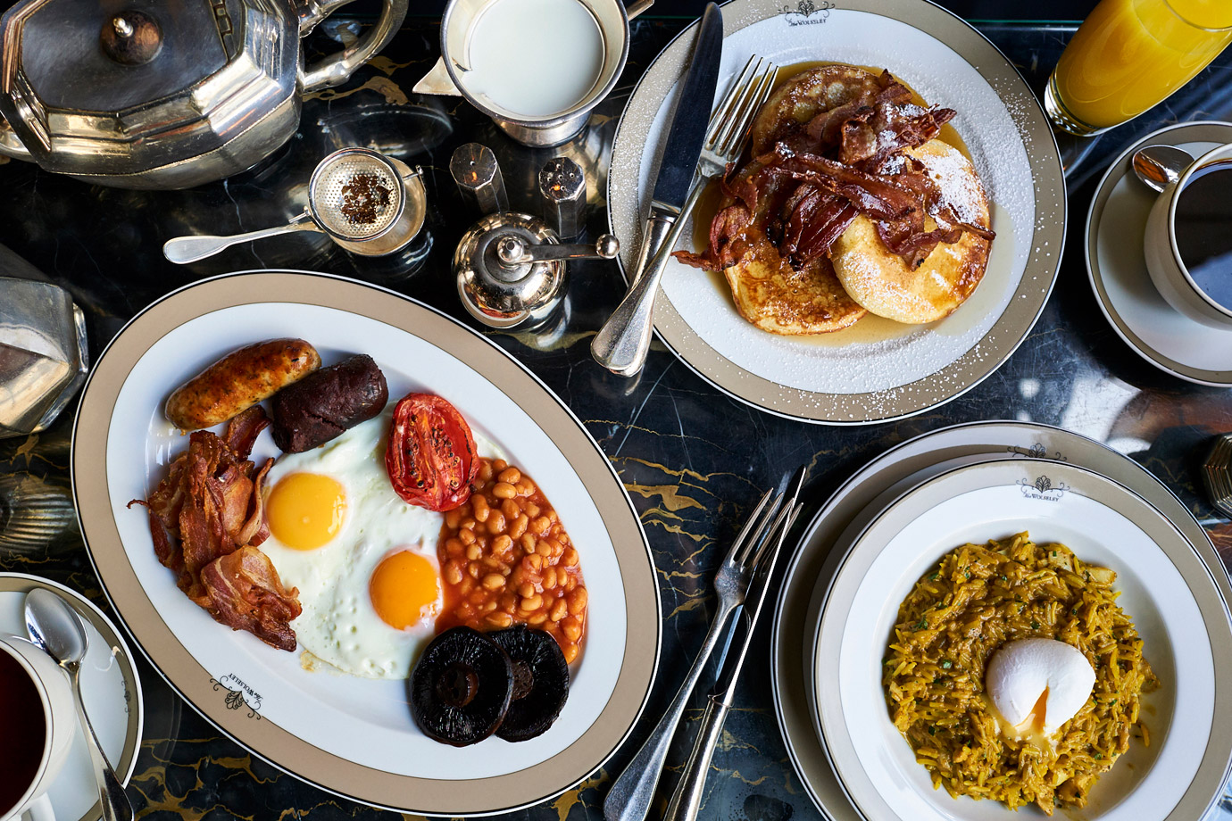 The-English,-Pancakes-with-Bacon,-Egg-White-Frittata_The-Wolseley_David-Loftus_2018